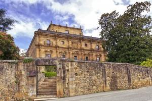 Descubre el abba Palacio de Soñanes