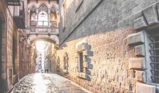 Escapada en pareja descubriendo el Barrio Gótico de Barcelona