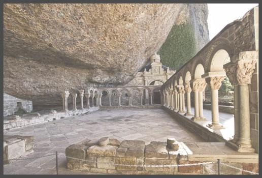 Descubre los Panteones Reales de Aragón